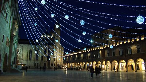 Piazza-del-Popolo-Natale